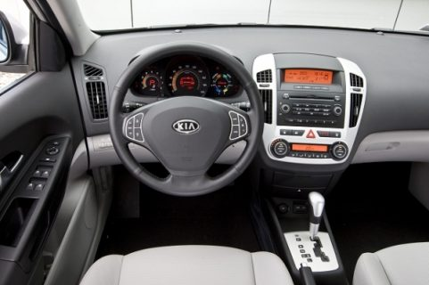 kia ceed automatic milenium car rental croatia