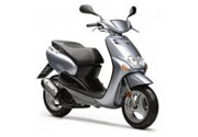 Scooter Yamaha Neos or similar
